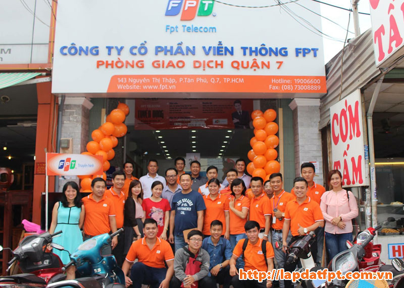 phong giao dich fpt quan 7 2